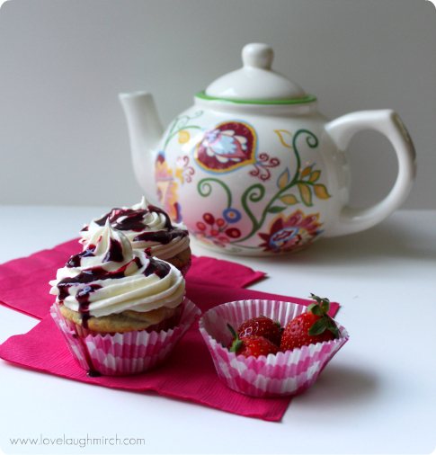Berry Cream Cupcakes